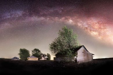 Milky Way over an abandoned farm in Bartlett, Texas